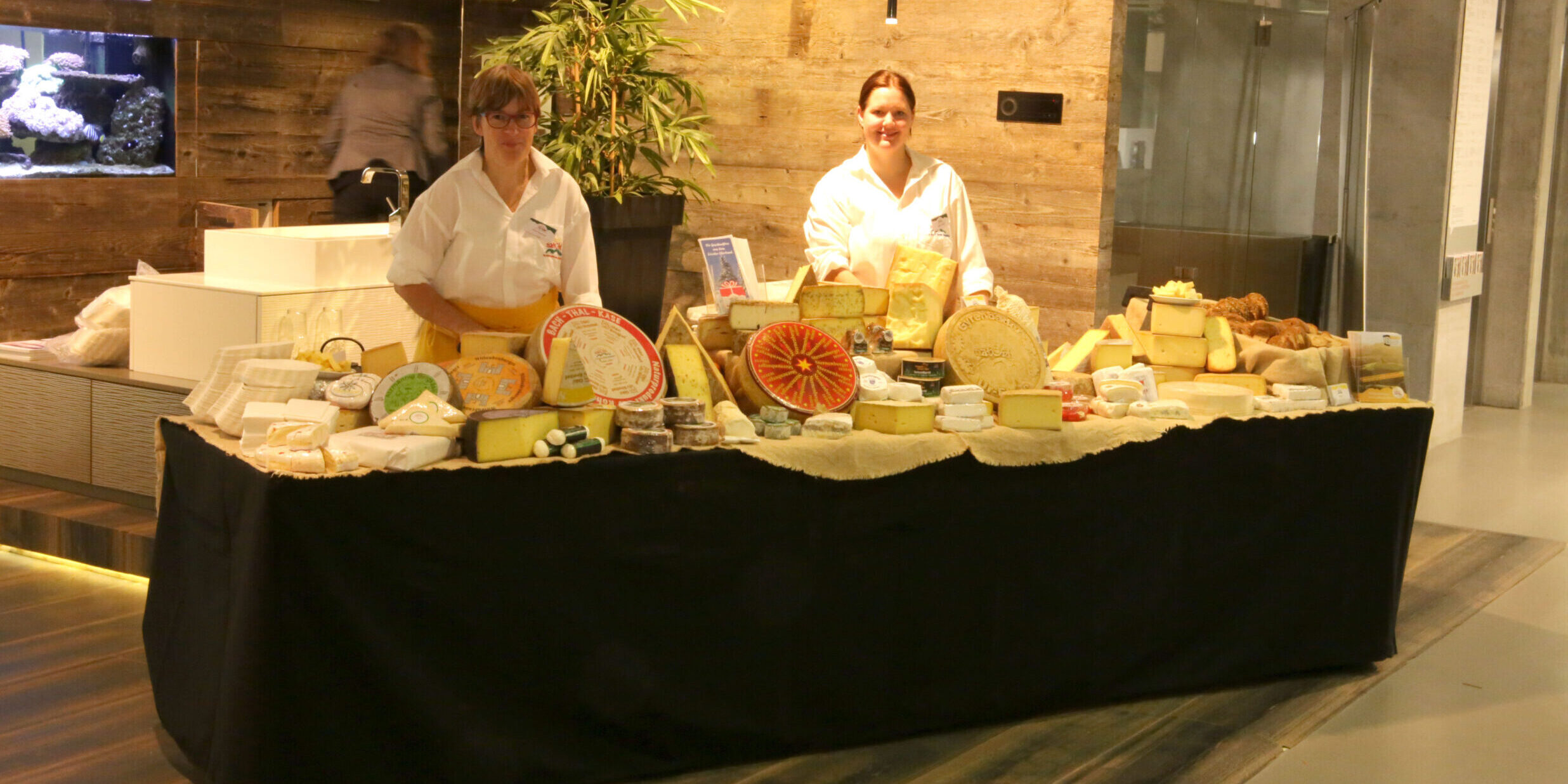 Restauration Buffet de fromages Bauarena