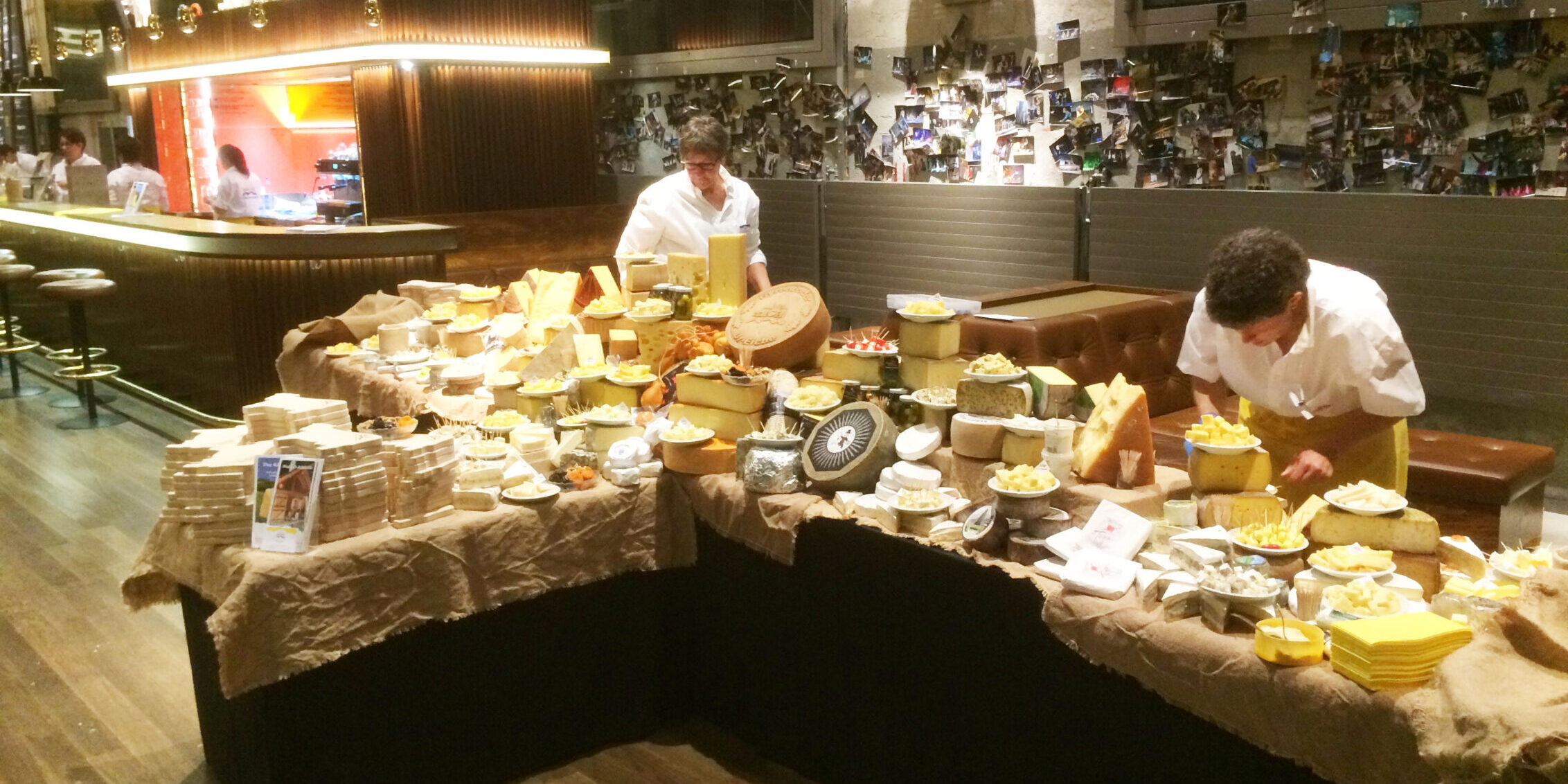 Buffet de fromages pour la construction navale